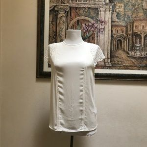 H&M's White Lace Top Short-sleeves Size 6